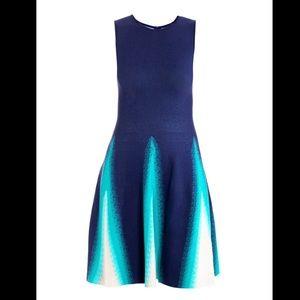 Issa triangle jacquard blue dress small